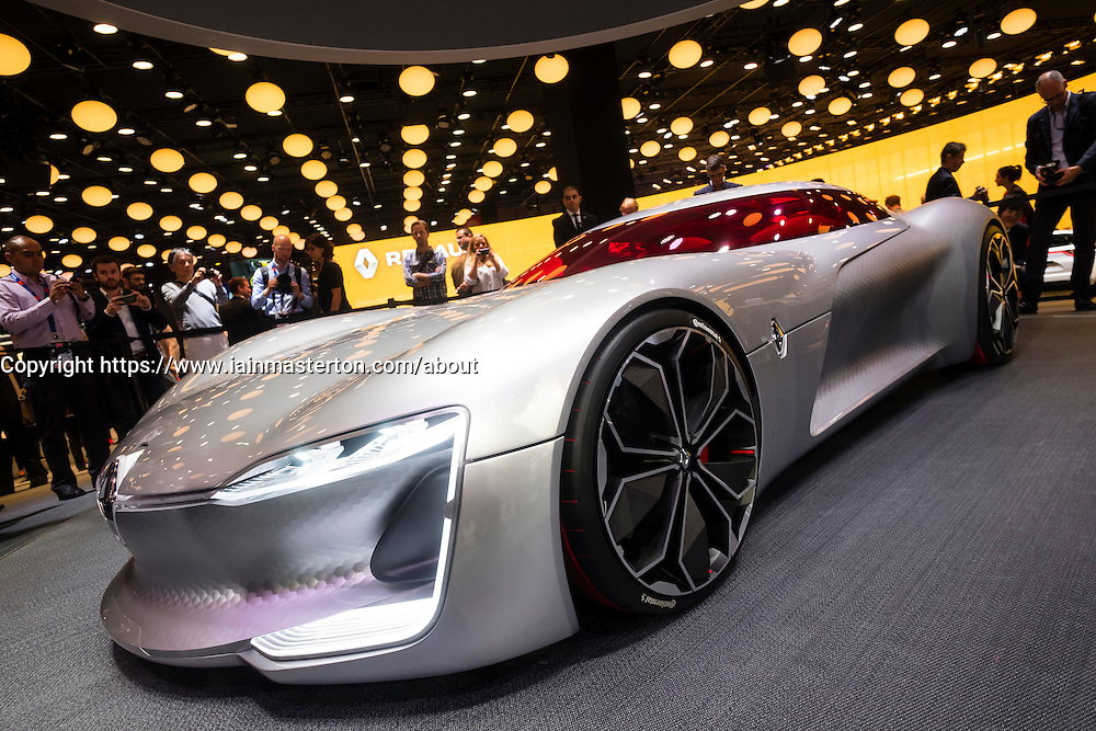 World premiere of Renault Trezor concept electric supercar at Paris Motor Show 2016
