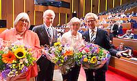 UTRECHT - Pat Peters, Ernst van der Pas en Ineke Blok worden onderscheiden  door voorzitter Jan Albers. . Algemene Ledenvergadering  KNHB bij de Rabobank in Utrecht. . COPYRIGHT KOEN SUYK
