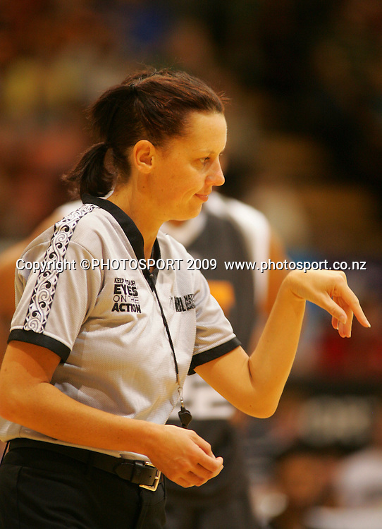 Referee Melony Wealleans. Hawkes Bay Hawks v Harbour Heat. National Basketball League. Pettigrew Green Arena, Napier, New Zealand. Friday 19 March 2009. Photo: John Cowpland/PHOTOSPORT