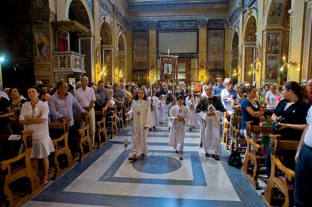 Roma 7  Luglio 2013<br /> Venerabile Confraternita dello Scapolare di Santa Maria del Monte Carmelo in Traspontina fondata nel 1527 a Roma. I Solenni Festeggiamenti  e l'ingresso nella Confraternita dei nuovi confratelli.