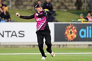 Lea Tahuhu fielding. Women's T20 international Cricket, Australia v New Zealand White Ferns.  Manuka Oval, Canberra, 5 October 2018. Copyright Image: David Neilson / www.photosport.nz