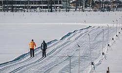 THEMENBILD - Langläufer auf einer Loipe, aufgenommen am 06. Februar 2020 in Zell am See, Oesterreich // Cross-country skier on a track, in Zell am See, Austria on 2020/02/06. EXPA Pictures © 2020, PhotoCredit: EXPA/Stefanie Oberhauser