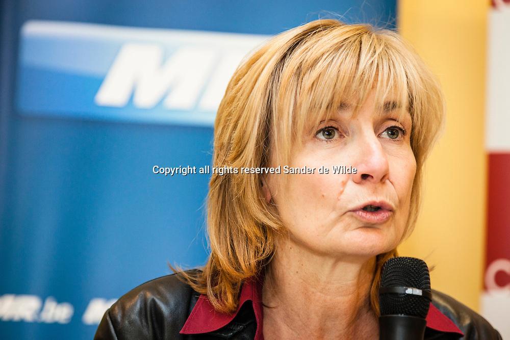 Brussels 2012 16 october.Ecolo MR and CDH have a coalition in Molenbeek, municipality of Brussels, sending away the mayor Moureaux after 20 years.in beel de eerste vrouwelijke burgemeester Francoise Schepmans (MR)