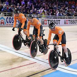 26-02-2020: Wielrennen: WK Baan: Berlijn<br />De Nederlandse teamsprinters pakken de derde titel op rij. Roy van den Berg, Harry Lavrijsen, Mathijs Buchli, Jeffrey Hoogland