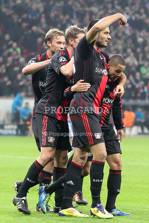23.11.2011, BayArena, Leverkusen, Germany, UEFA CL, Gruppe E, Bayer 04 Leverkusen (GER) vs Chelsea FC (ENG), im Bild Torjubel/ Jubel nach dem 1:1 durch Eren Derdiyok (Leverkusen #19) und er zeigt an wie toll die Vorarbeit von Sidney Sam (Leverkusen #18) war (R) // during the football match of UEFA Champions league, group E, between Bayer Leverkusen (GER) and FC Chelsea (ENG) at BayArena, Leverkusen, Germany on 2011/11/23.EXPA Pictures © 2011, PhotoCredit: EXPA/ nph/ Mueller..***** ATTENTION - OUT OF GER, CRO *****