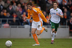Blackpool, England - Saturday, January 27, 2007: Blackpool's Scott Vernon in action against Norwich City during the FA Cup 5th Round match at Bloomfield Road. (Pic by David Rawcliffe/Propaganda)