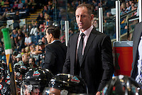 KELOWNA, CANADA - SEPTEMBER 28: Head coach, Jason Smith, of the Kelowna Rockets stands on the bench against the Prince George Cougars  on September 28, 2016 at Prospera Place in Kelowna, British Columbia, Canada.  (Photo by Marissa Baecker/Shoot the Breeze)  *** Local Caption *** Jason Smith;