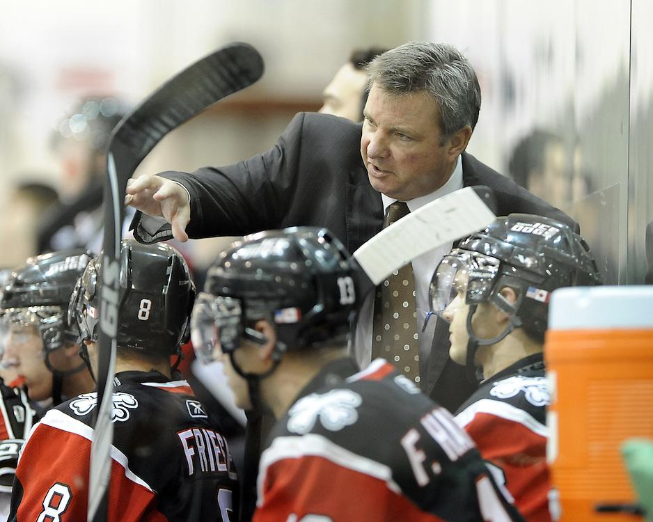 Niagara IceDogs coach Marty Williamson. Photo by Aaron Bell/OHL Images Photo by Aaron Bell/OHL Images
