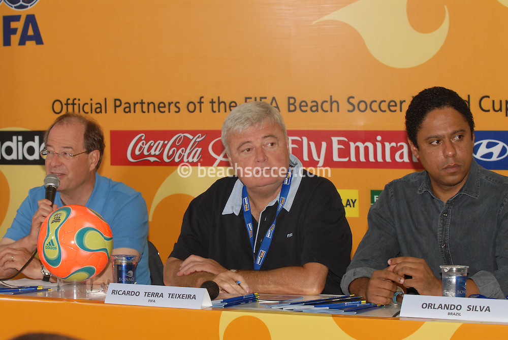 Football-FIFA Beach Soccer World Cup 2006 - Semi-final -Press conference with the general Secretary of FIFA Urs Linsi, The President of CBF, Ricardo teixeira and Brazilian Minister of Sports, Orlando Silva - Rio de Janeiro - Brazil 11/11/2006<br />