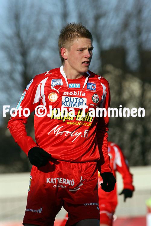 30.04.2007, Pietarsaari, Finland..Veikkausliiga 2007 - Finnish League 2007.FF Jaro - IFK Mariehamn.Jonas Portin - Jaro.©Juha Tamminen.....ARK:k