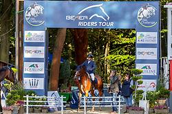 BIRKENHEIER Viktor (GER), Commano<br /> Paderborn - OWL Challenge 5. Etappe BEMER Riders Tour 2019<br /> SPOOKS-Amateur Trophy - Large Tour <br /> Zwei-Phasen Springprüfung, international <br /> Finale Heinzelmännchen Young Riders Amateur Cup 2019<br /> 14. September 2019<br /> © www.sportfotos-lafrentz.de/Stefan Lafrentz