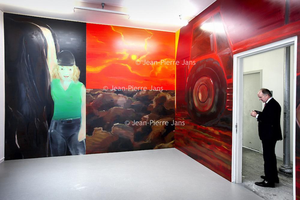 Nederland, Amsterdam , 24 november 2011..Rijksacademie Open eindexamen tentoonstelling, presentatie..Op de foto werk van Philipp Kremer..Foto:Jean-Pierre Jans
