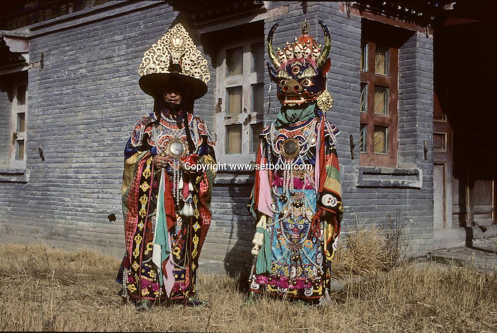 Mongolia. Ulaanbaatar. A Tsam dance during the shooting of a film in the Tchoijin Lamyn temple.