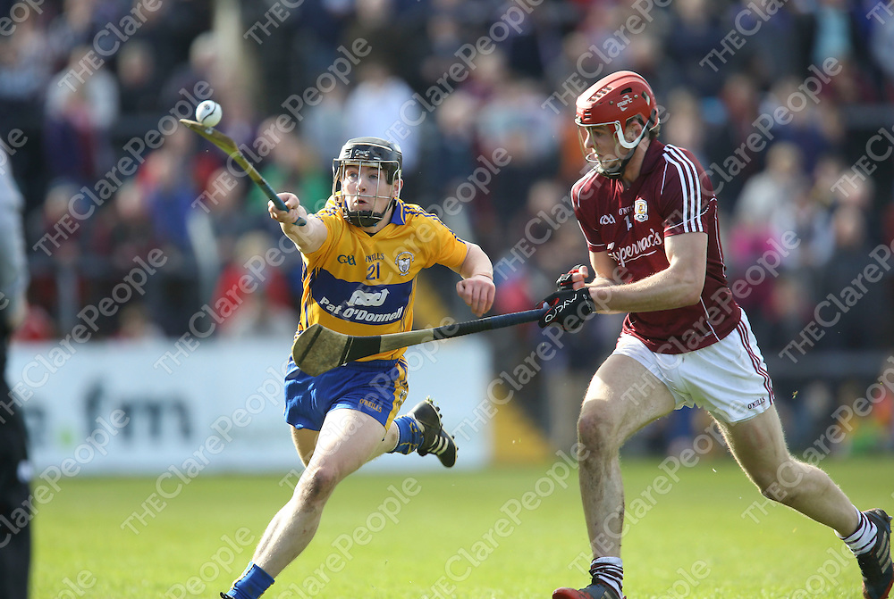 Clare Tony Kelly &amp; Galway's Jonathan Glynn in action during their NHL Div 1A Game played in Cusack Park Ennis..<br /> Pictured Credit Brian Gavin Press 22