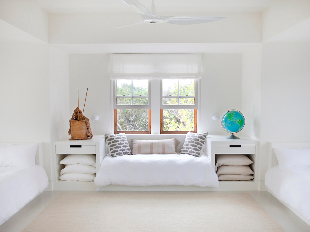 Martha's Vineyard house. Children's bedroom. Architect: Claudia Noury-Ello. Designer: Christine Lane Interiors