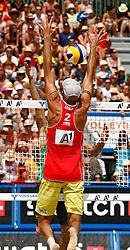 07.08.2011, Klagenfurt, Strandbad, AUT, Beachvolleyball World Tour Grand Slam 2011, im Bild Phil Dalhausser (USA), EXPA Pictures © 2011, PhotoCredit: EXPA/ Erwin Scheriau