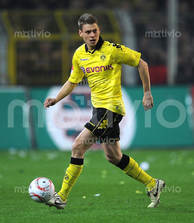 Fussball 1. Bundesliga :  Saison   2010/2011   21. Spieltag  04.02.2011 Borussia Dortmund - FC Schalke 04 Lukasz Piszczek (Borussia Dortmund)