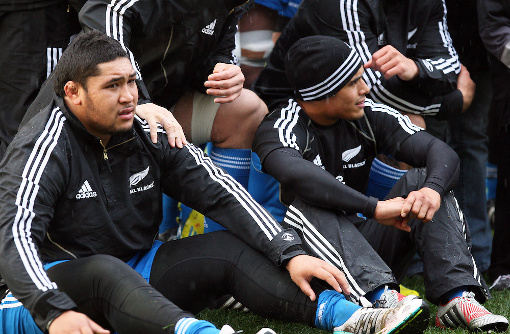 New Zealand's Ben Tameifuna, left, and Aaron Smith at the New Zealand team captains run for the second test against Ireland, AMI Stadium, Christchurch, New Zealand, Friday, June 15, 2012. Credit:SNPA / Dianne Manson