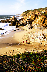 California: Sonoma Region.  People on coast near Bodega Head..Photo copyright Lee Foster, 510/549-2202, lee@fostertravel.com, www.fostertravel.com..Photo #: casono101