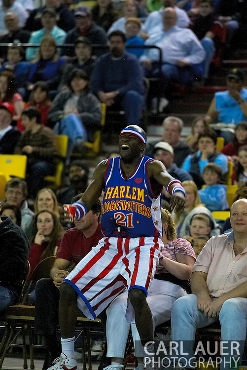 """05 May 2006: Kevin """"Special K"""" Daley laughs it up while sitting on a fan to watch the Harlem Globetrotters vs the New York Nationals at the Sulivan Arena in Anchorage Alaska during their 80th Anniversary World Tour."""