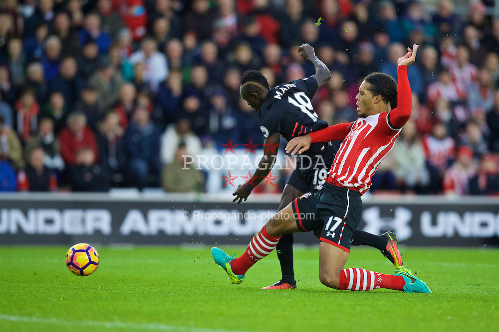 SOUTHAMPTON, ENGLAND - Saturday, November 19, 2016: Liverpool's Sadio Mane sees his shot blocked by Southampton's Virgil Van Dijk during the FA Premier League match at St. Mary's Stadium. (Pic by David Rawcliffe/Propaganda)