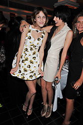Left to right, ALEXA CHUNG and AGYNESS DEYN at a dinner hosted by Alexandra Shulman editor of British Vogue in association with Net-A-Porter.com to celebrate 25 years of London Fashion Week and Nick Knight held at Le Caprice, Arlington Street, London on 21st September 2009.