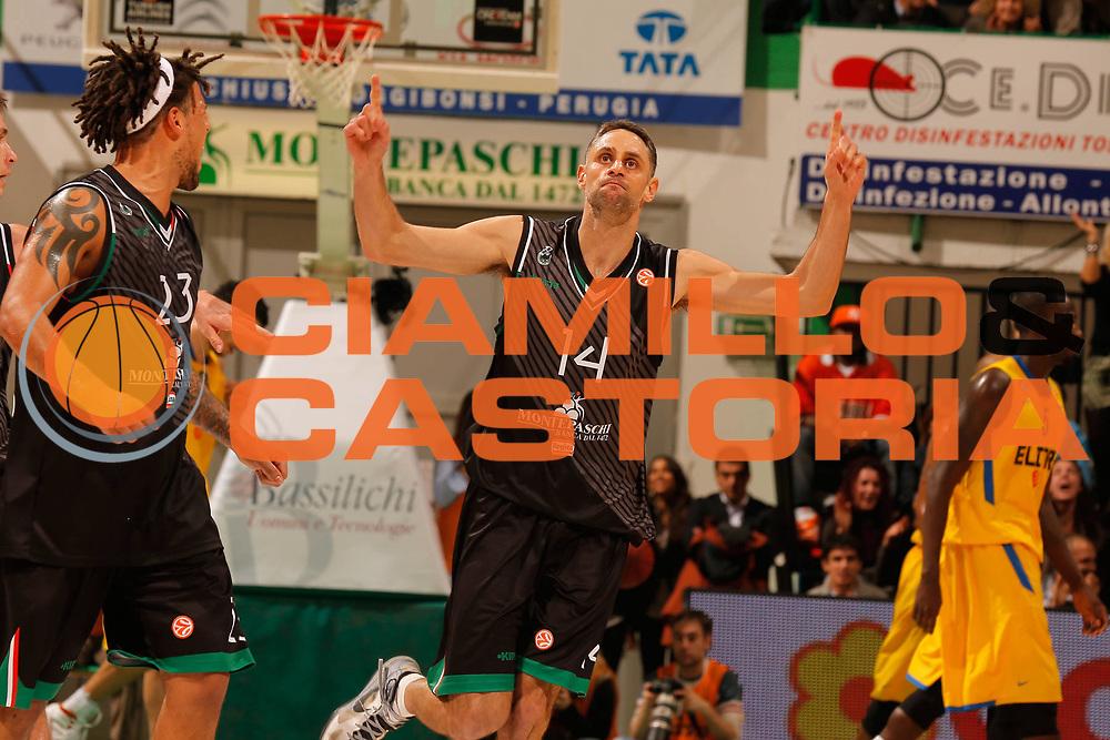 DESCRIZIONE : Siena Eurolega Eurolegue 2012-13 Montepaschi Siena Maccabi Electra Tel Aviv<br /> GIOCATORE : Tomas Ress<br /> SQUADRA : Montepaschi Siena <br /> CATEGORIA : esultanza<br /> EVENTO : Eurolega 2012-2013<br /> GARA : Montepaschi Siena Maccabi Electra Tel Aviv<br /> DATA : 23/11/2012<br /> SPORT : Pallacanestro<br /> AUTORE : Agenzia Ciamillo-Castoria/ElioCastoria<br /> Galleria : Eurolega 2012-2013<br /> Fotonotizia : Siena Eurolega Eurolegue 2012-13 Montepaschi Siena Maccabi Electra Tel Aviv<br /> Predefinita :