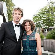 NLD/Hilversum//20170821 - Voetbalgala 2017, Edwin van der Sar en partner Annemarie van Kesteren