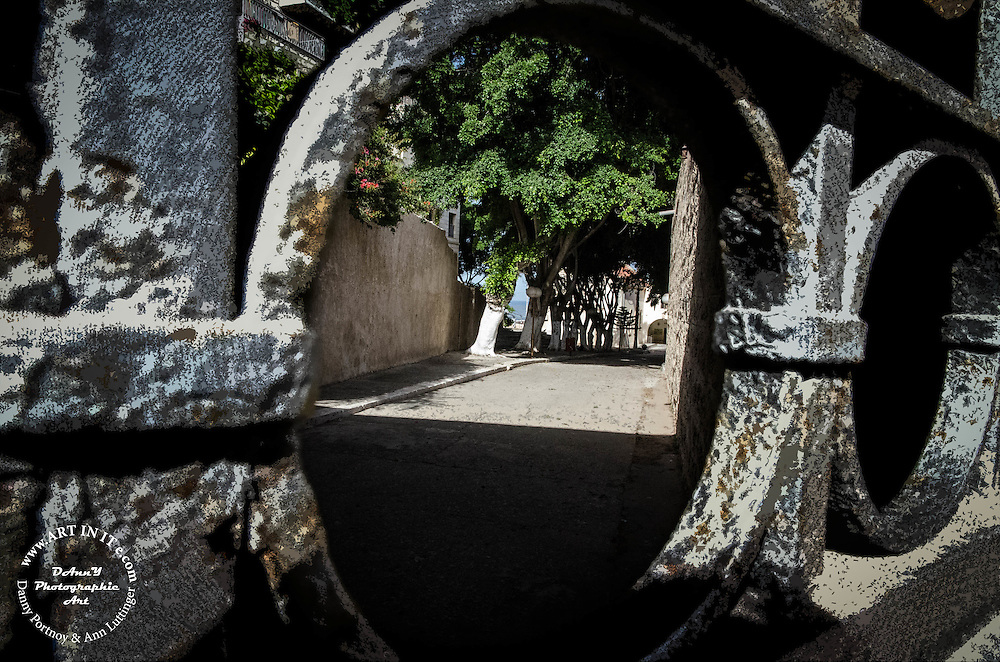 Through the gate ...