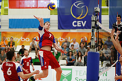 20170525 NED: 2018 FIVB Volleyball World Championship qualification, Koog aan de Zaan<br />Jan Lux (7) of Luxembourg<br />©2017-FotoHoogendoorn.nl / Pim Waslander