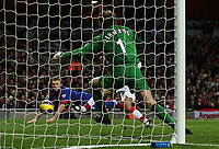Photo: Paul Thomas.<br /> Arsenal v Manchester United. The Barclays Premiership. 21/01/2007.<br /> <br /> Wayne Rooney's (L) header can't be stopped by keeper Jens Lehmann (Green) and scores.