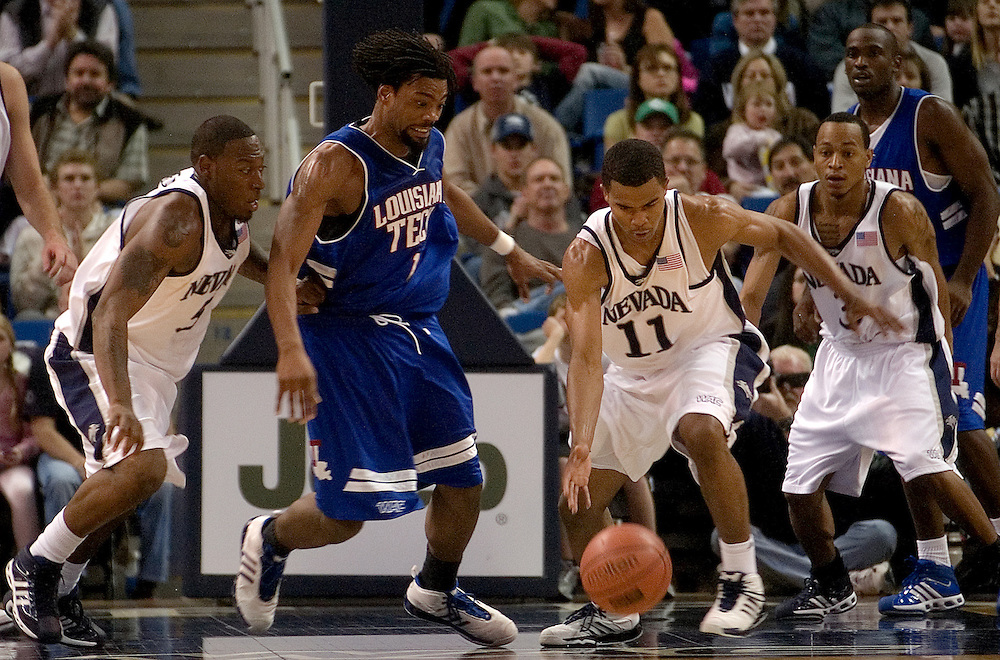 NVMBBALL_LaTech_012507..Louisiana Tech's Chad McKenzie loses the ball; Nevada defender Ramon Sessions (cq), #11, recovers it while, Marcellus Kemp (cq), #5, and Kyle Shiloh (cq), #3, look on, during their game at Lawlor Events Center, Thursday, Jan. 25, 2007. Nevada beat Louisiana Tech, 84-67...Photo by David Calvert
