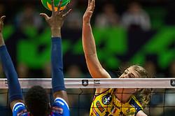 18-05-2019 GER: CEV CL Super Finals Igor Gorgonzola Novara - Imoco Volley Conegliano, Berlin<br /> Igor Gorgonzola Novara take women's title! Novara win 3-1 / Kimberly Hill #15 of Imoco Volley Conegliano