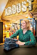 Cynthia Troost heeft in Meppel een speciaalzaak voor kidsfashion; Kroost.