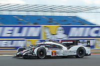 Timo Bernhard (DEU) / Mark Webber (AUS) / Brendon Hartley (NZL) #1 Porsche Team Porsche 919 Hybrid, WEC 6 Hours of Silverstone 2016 at Silverstone, Towcester, Northamptonshire, United Kingdom. April 17 2016. World Copyright Peter Taylor/PSP.