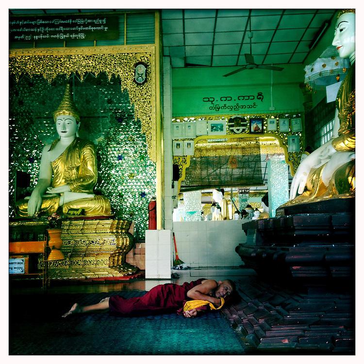 The Shwedagon Paya - Yangon (Rangoon) Myanmar (Burma) January 2012