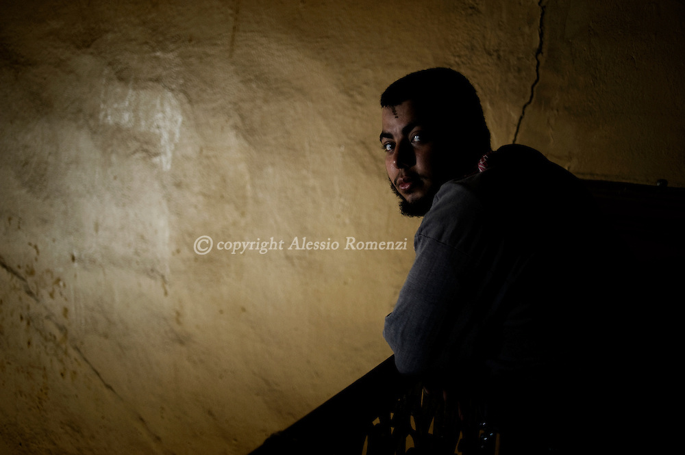 A man inside one of the building occupied by anti-gouvernment protestors  in Tahrir square in Cairo on February 04, 2010.© ALESSIO ROMENZI