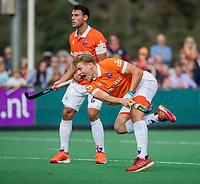 BLOEMENDAAL - Jasper Brinkman (Bldaal).   Hoofdklasse competitiewedstrijd heren, Bloemendaal-Hurley (6-0).  COPYRIGHT KOEN SUYK