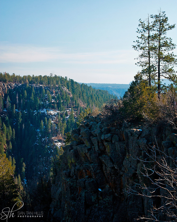 Cliff overlooking Oak Creek Canyon - AZ