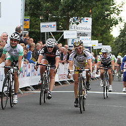 Ina Yoko Teutenberg wins the first stage off the Profile Ladies tour in Nuenen. Marianne Vos 2nd and Kirsten Wild 3th