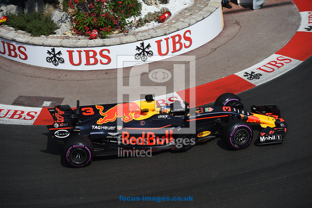 Daniel Ricciardo of Red Bull Racing during the practice session for the 2017 Monaco Formula One Grand Prix at the Circuit de Monaco, Monte Carlo<br /> Picture by EXPA Pictures/Focus Images Ltd 07814482222<br /> 25/05/2017<br /> *** UK &amp; IRELAND ONLY ***<br /> <br /> EXPA-EIB-170525-0152.jpg