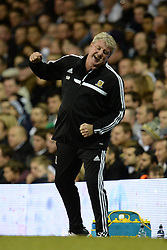 Hull's Manager Steve Bruce  reacts after a missed shot - Photo mandatory by-line: Mitchell Gunn/JMP - Tel: Mobile: 07966 386802 30/10/2013 - SPORT - FOOTBALL - White Hart Lane - London - Tottenham Hotspur v Hull City - Capital One Cup - Forth Round