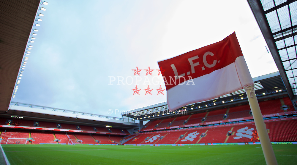 LIVERPOOL, ENGLAND - Saturday, January 31, 2015: A corner flag flutters in the wind at Anfield ahead of the Liverpool versus West Ham United Premier League match. (Pic by David Rawcliffe/Propaganda)