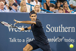 August 17, 2018 - Mason, Ohio, U.S. - ROGER FEDERER of Sweden returns the ball to S. Wawrinka during Day 6 of the Western and Southern Open at the Lindner Family Tennis Center. (Credit Image: © Shelley Lipton/Icon SMI via ZUMA Press)
