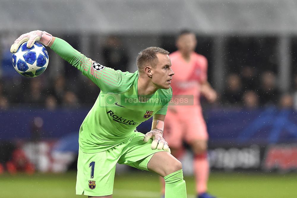 صور مباراة : إنتر ميلان - برشلونة 1-1 ( 06-11-2018 )  20181106-zaa-a181-411