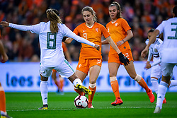 05-04-2019 NED: Netherlands - Mexico, Arnhem<br /> Friendly match in GelreDome Arnhem. Netherlands win 2-0 / Nancy Antonio #8 of Mexico, Vivianne Miedema #9 of The Netherlands, Jill Roord #12 of The Netherlands
