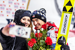 01.03.2019, Seefeld, AUT, FIS Weltmeisterschaften Ski Nordisch, Seefeld 2019, Skisprung, Herren, im Bild Silbermedaillengewinner Kamil Stoch (POL) mit seiner Frau Ewa Bilan // Silvermedalist Kamil Stoch (POL) with his wife Ewa Bilan during the men's Skijumping of FIS Nordic Ski World Championships 2019. Seefeld, Austria on 2019/03/01. EXPA Pictures © 2019, PhotoCredit: EXPA/ JFK