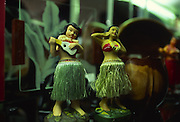 Hula dolls, Waikiki, Oahu<br />