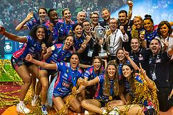 18-05-2019 GER: CEV CL Super Finals Igor Gorgonzola Novara - Imoco Volley Conegliano, Berlin<br /> Igor Gorgonzola Novara take women's title! Novara win 3-1 / Team Novara celebrate with the Trophy