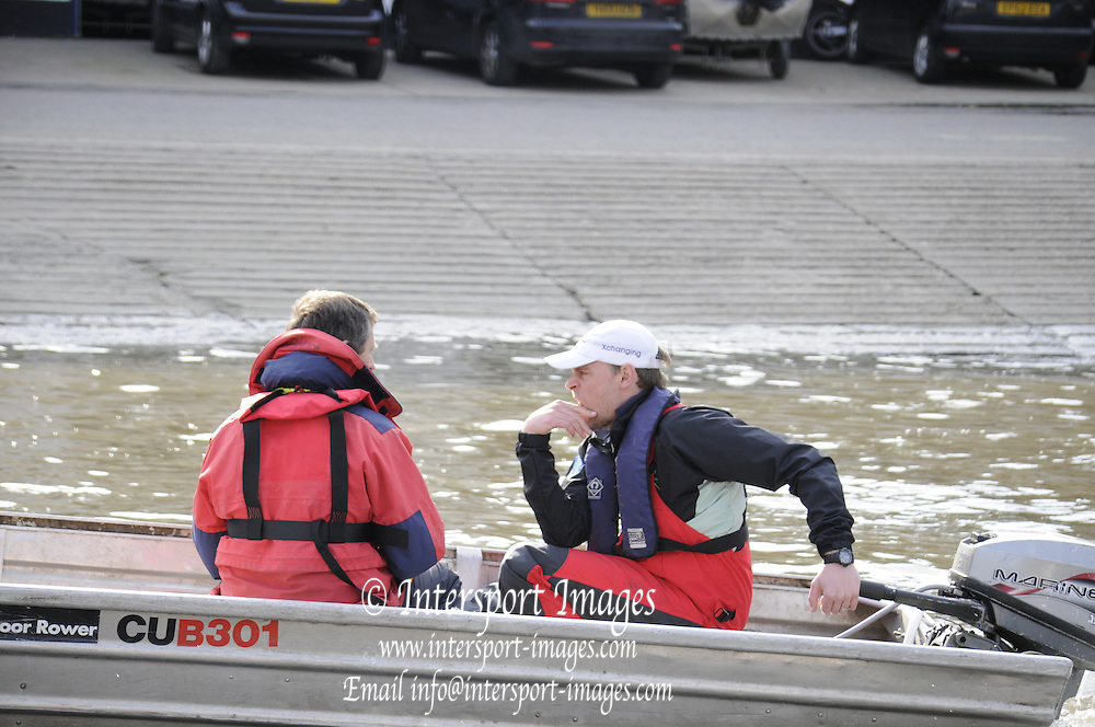 Putney. London. Tideway Week build up to the   2011 University Boat Race over parts of the Championship Course - Putney to Mortlake. Cambridge, CUBC, Steve TRAPMORE, Head Coach, returning from afternoon training session. Tuesday 22/03/2011  [Mandatory Credit; Karon Phillips/Intersport-images].. 2011 Tideway Week